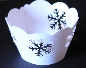Cutout Snowflake Cupcake Wrappers - 12