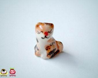 Miniature Cat Figure, Ceramic Kitten figure, ceramic cat, mini animal, miniature ceramic, mini cat, tiny kitten, ornament, brown, white