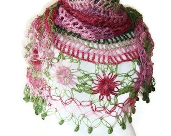 EXPRESS DELIVERY, Degrade Green and Pink Mohair  Daisy Flower Triangle Shawl - For her mom gift