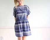 ON SALE  Nautical Blue Vintage 70s SS Variegated Striped Mini Dress Large l p