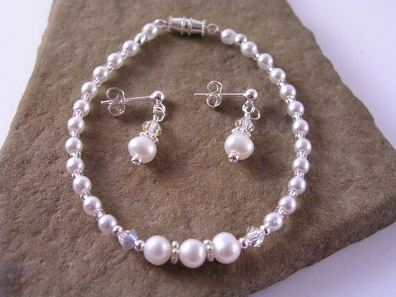 Flowergirl Pearl Bracelet Earrings, Girls Pearl Bracelet Earrings, Wedding, June Birthstone, Girls Birthday Gift, Communion Jewelry