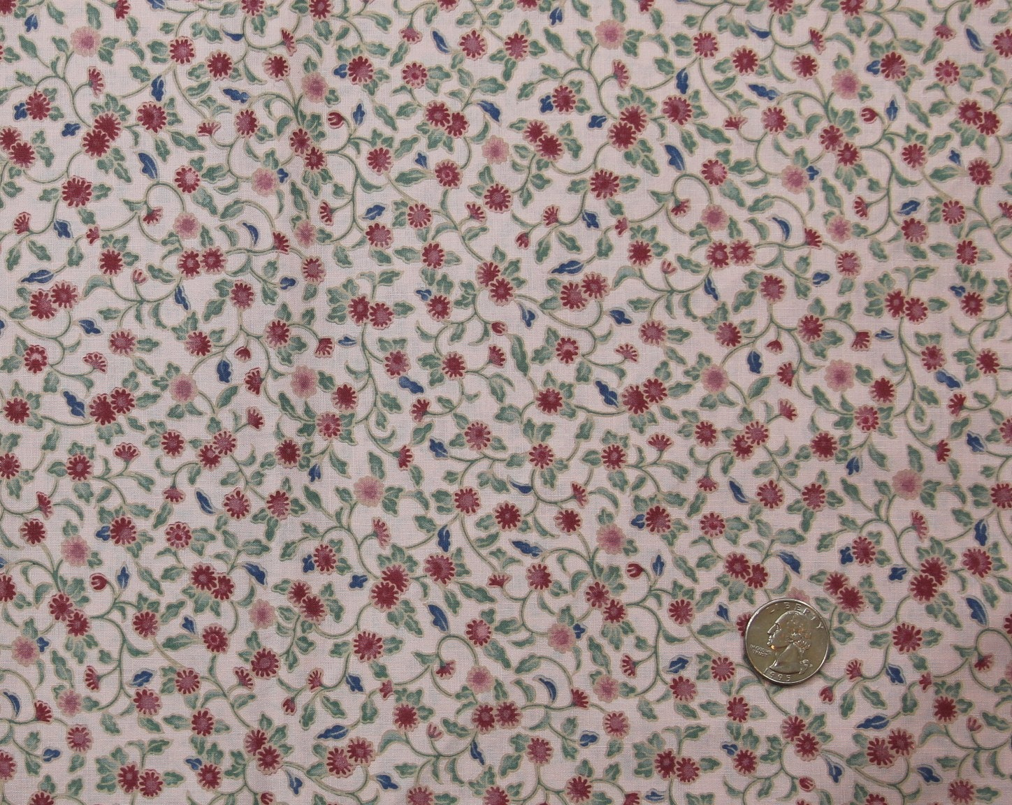 Small Rose Floral Print Cotton Fabric 44 Inches Wide 2 Yards