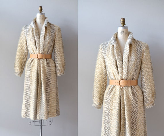1970s trench / wrap sweater coat / Knit Belted Trench