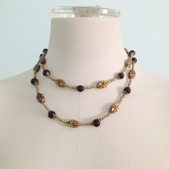 Vintage Antique Gold Tone Beaded Necklace. Long Necklace. Black Round Beads. Layered Necklace. Metal. 1980s.