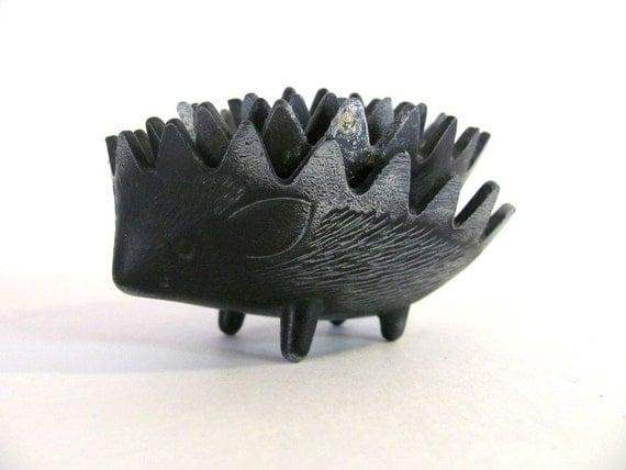 Vintage MID CENTURY Walter BOSSE Hedgehog / Nesting Ashtrays