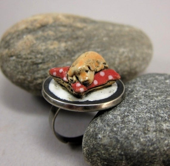 Honey...Stoneware ring with miniature pup
