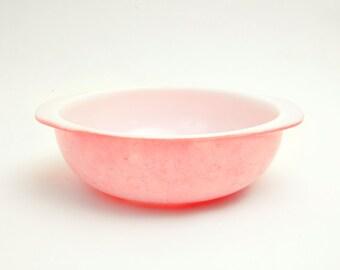 Vintage Pink Pyrex 2 Quart Mixing Bowl 024