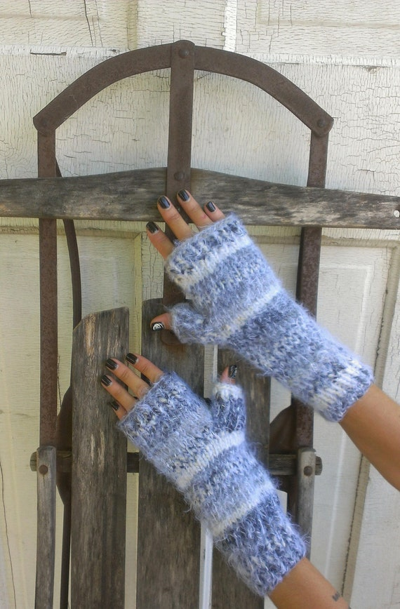 Mittens Fingerless Hand Knit Gray Stripe