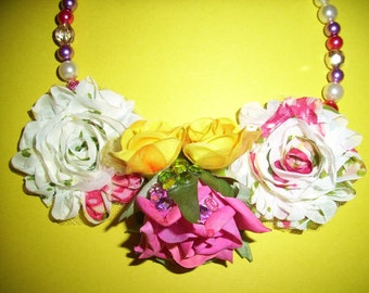 Shabby Chic Corsage Necklace