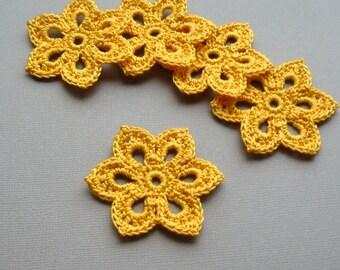 5 Crochet Applique Flowers -- 2 inch Diameter, in Goldenrod Yellow