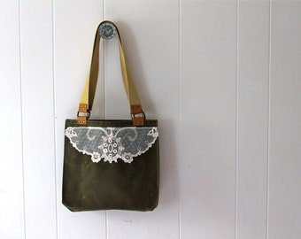 Waxed Canvas Tote Bag for women with Vintage Lace - Hunter Green