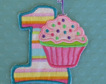 Applique first Birthday with cupcake