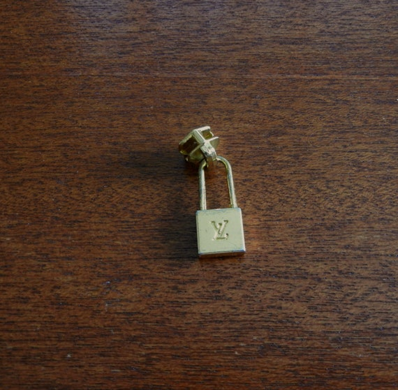 Louis Vuitton Zipper Pull 1 Piece For Supplies Or Use As A