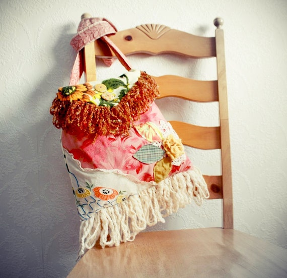 Large Boho Bag Cross Body Messenger Bag Coral Floral Purse Vintage Fabric Bohemian Handbag Cream Fringe Shabby Chic 'DEANDRA'