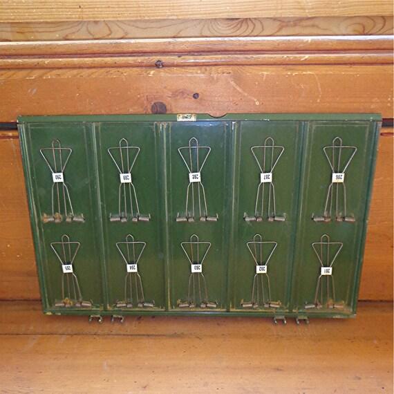 McCaskey Receipt Holder / Metal / Green / Vintage / One leaf