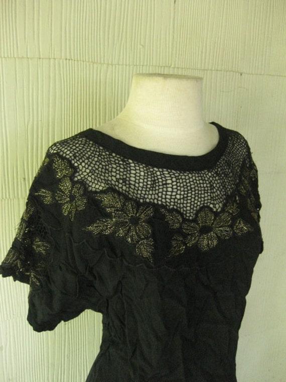 VINTAGE 70s openwork dress... floral and lurex