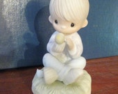 Precious Moments 1981 figurine I Believe in Miracles sweet boy mint