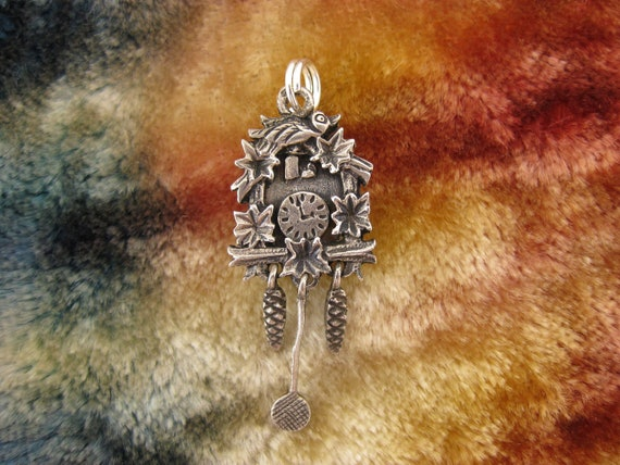 Charm - Sterling Silver - 3D - Cuckoo Clock - Time - Bird and Flowers - Collectible - Cute - Good Luck
