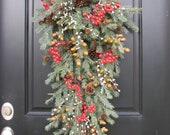 Wreaths, Christmas Swag Wreath, Christmas Wreath, Christmas Swag, Front Door Wreaths, Holiday Home Decor, Holiday Door Swag