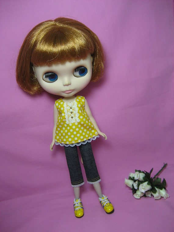 Jeans and Yellow Top for Blythe