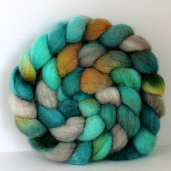 FOUNTAIN- BFL Handpainted - Hand Dyed- Wool Top Roving 4 oz