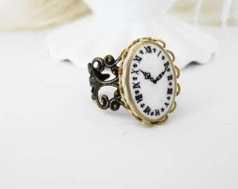FREE SHIPPING Ring Clock  cameo Black White Gothic goth SHabby Chic  Antiqued Brass romantic cute sweet girl retro
