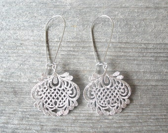 Silver Filigree Earrings - Chandelier Bohemian Earrings - Bridesmaid Boho Wedding Jewelry - Bohemian Jewelry