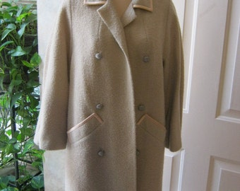 Vintage ivory wool boucle'  midcentury coat, beige textured retro coat 3/4 sleeves  ribbon trim, beige Jackie coat Halle Bros. Co