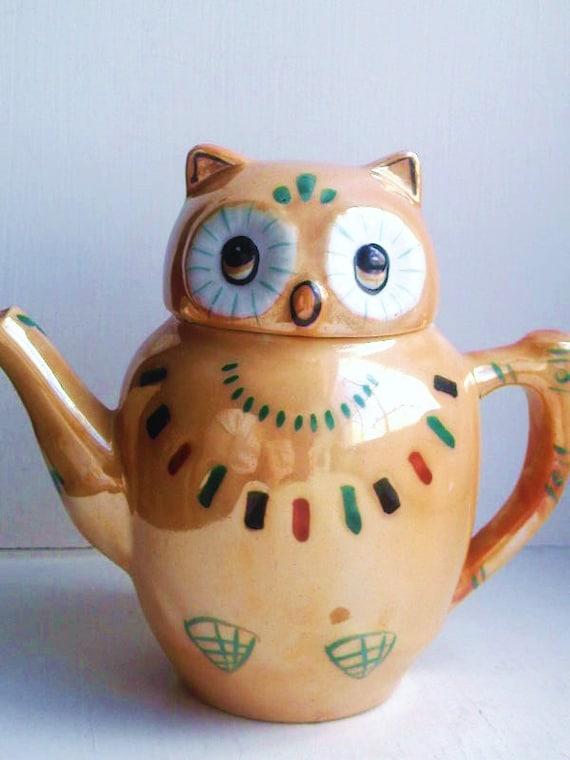Owl Teapot -- vintage 1950s 60s 70s retro quirky orange yellow gold pretty unusual cute animals china dish tea set pot jug