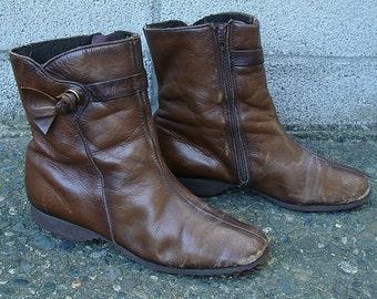 Ankle 1970s Boots Vintage Cobbies Short Flat Faux Fur Zip Women's 6 1/2