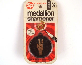 Peace Pencil Sharpener Vintage 1970s Peace Pencil sharpener Key Chain