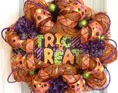 FuNkY HaLlOwEeN Deco Mesh Wreath Orange Purple Lime Trick Treat