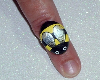 Bumble bee ring-summer gift ideas under 25-ooak 3D adjustable silver ring-honey bee-painted pet rocks-coworker-bee keeper-gifts-black yellow