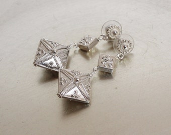 All-ee Bali Genuine Bali Silver Earrings - Sterling Silver Beads and Posts