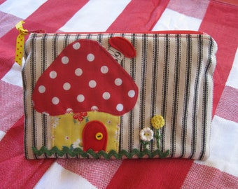 Applique Zipper Bag