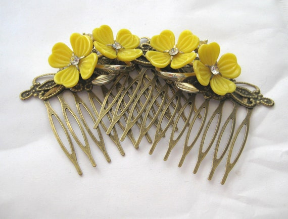 Vintage yellow Flower  Haircombs Set  Rhinestones  Bride Combs Upcycled OOAK