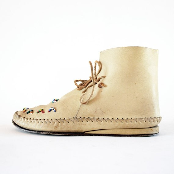 Classic Seed Bead Moccasin Booties In Tan Leather 8, 7.5