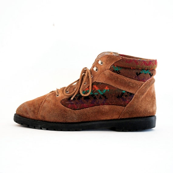 Rainbow Aztec Print Sweater Booties Ankle Boots 7.5, 8. Made In Yugoslavia.
