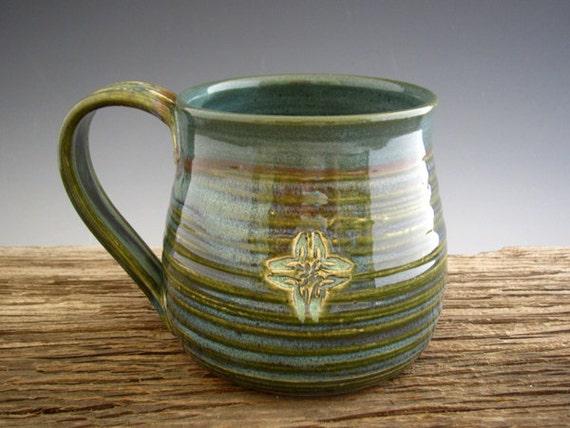Celtic Knot Mug - Rainforest Green - Coffee Mug - Large Mug - by DirtKicker Pottery