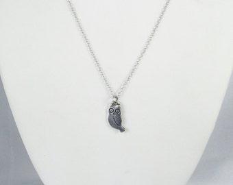 Vintage Silver Tone Metal Owl Pendant Necklace