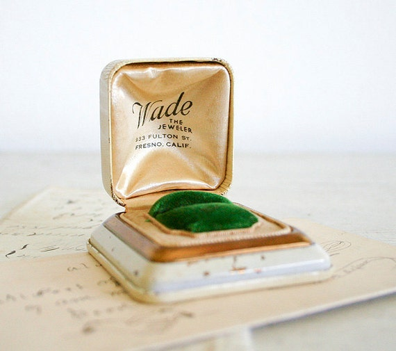 Vintage Wedding Ring Box - Ivory and Gold