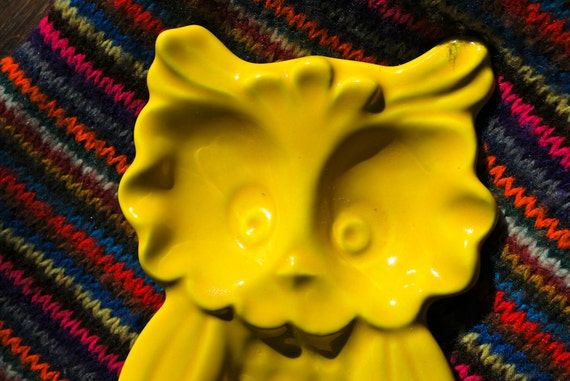 Knox, the Vintage Owl Spoon Rest in Bodacious Yellow