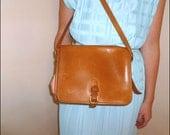 70's Classic Coach Tan Bonnie Cashin Leather Shoulder Bag