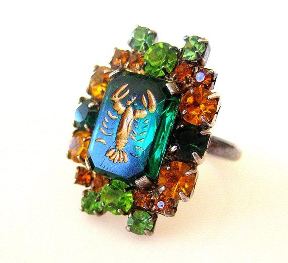 Vintage Rhinestone Lobster Ring