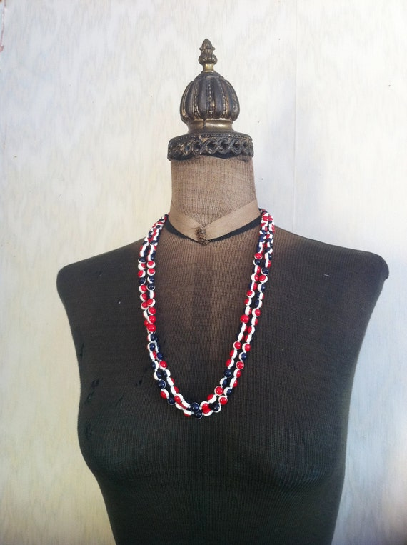 Vintage Red White and Blue Plastic Necklace