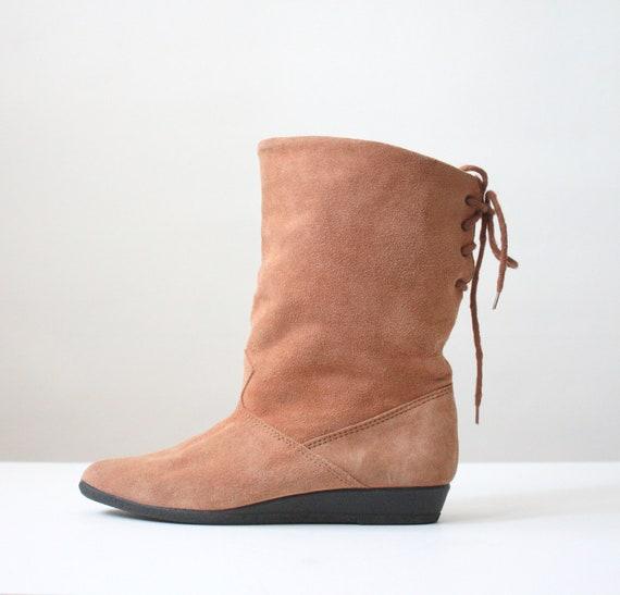 vintage suede boots - size 9