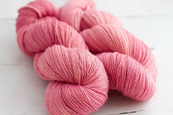 silk - superwash BFL lace 'petal'