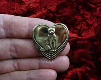 sitting Cat kitty kitten love cats lover heart Victorian brass brooch pin pendant B-Cat-53