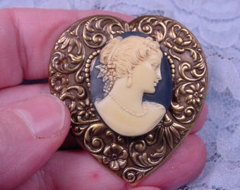 WOMAN Hair up black ivory Cameo Pin Pendant Jewelry brooch necklace repro heart Brass CS6-6
