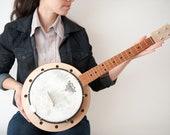 Banjo ukulele ( banjolele)